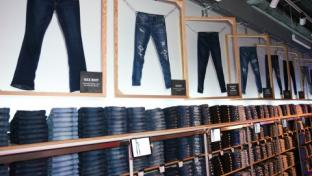 Customers can shop AE's extensive jeans collection and create one-of-a-kind pieces. T