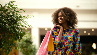 To determine the shopping preferences of today's consumers and how they view the in-store versus the online buying experience, Imprint Plus, makers of re-usable, customized name badges and signage, conducted a random survey of 1,000 men and women across the country.